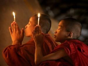 Legge d'Attrazione: è meglio chiedere o pregare?